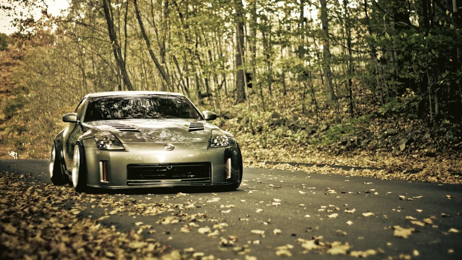 Nissan Photo