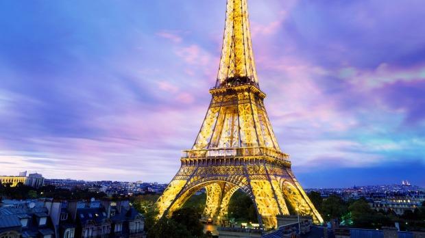 Eiffel Tower Background