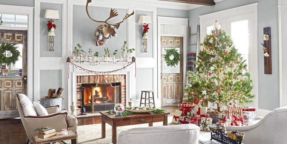 Decorated Christmas Tree Image